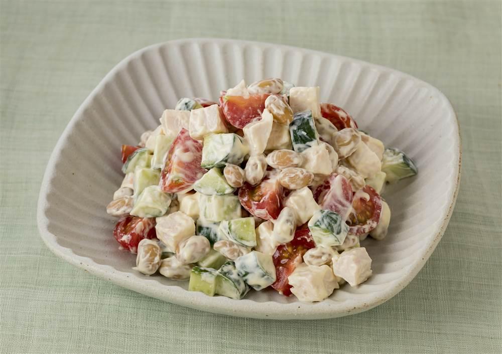 写真:大豆とコロコロ野菜のマヨサラダ