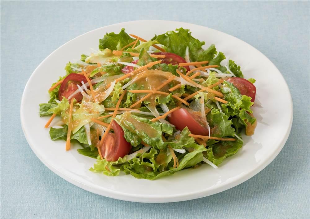 写真:リーフレタスとにんじんのサラダ