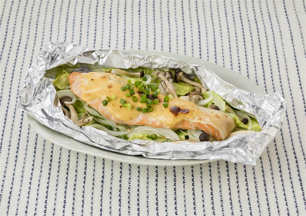 写真:焼くだけかんたん!鮭のみそマヨ焼き