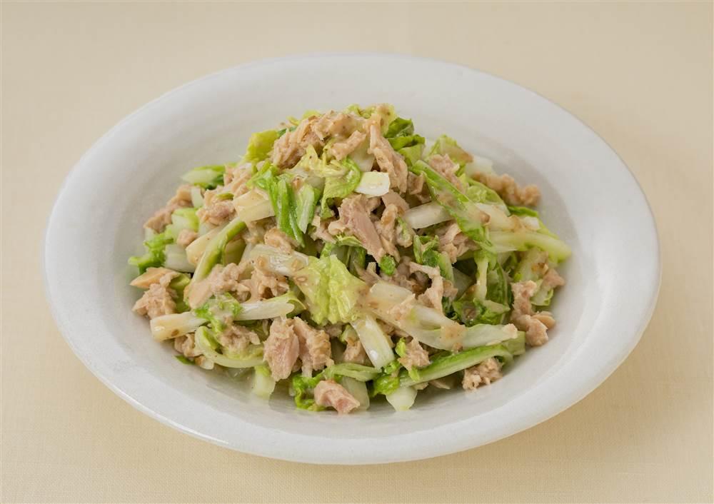 写真:白菜とツナの深煎りごまあえサラダ