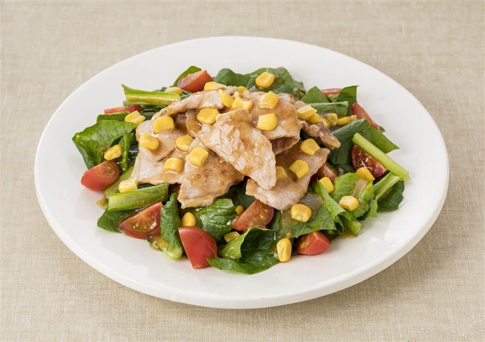 写真:小松菜と豚ロース肉のサラダ