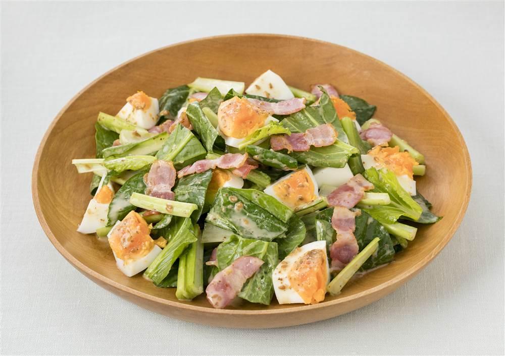 写真:小松菜とカリカリベーコンのあえサラダ