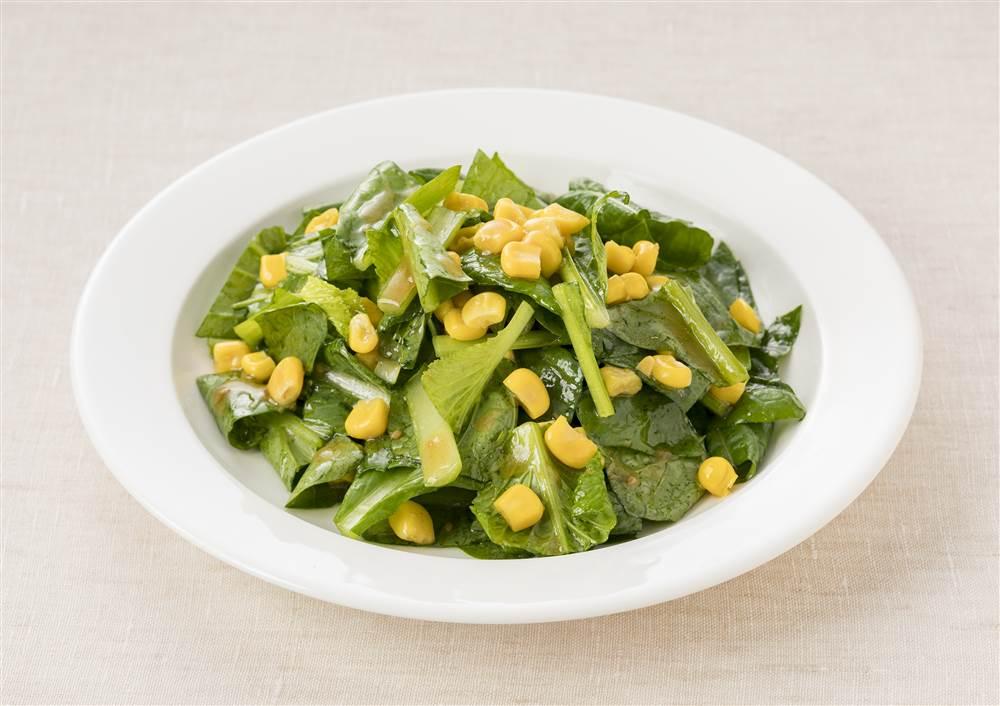 写真:ごま油香る 小松菜とコーンのサラダ