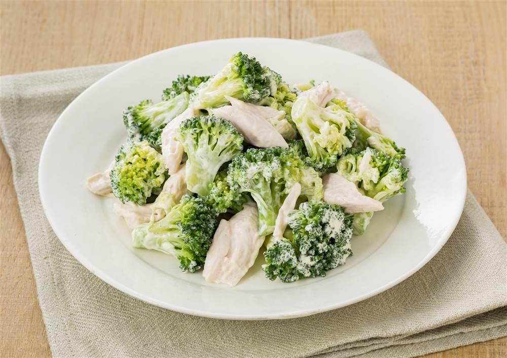 写真:ブロッコリーと鶏ささみのあえサラダ