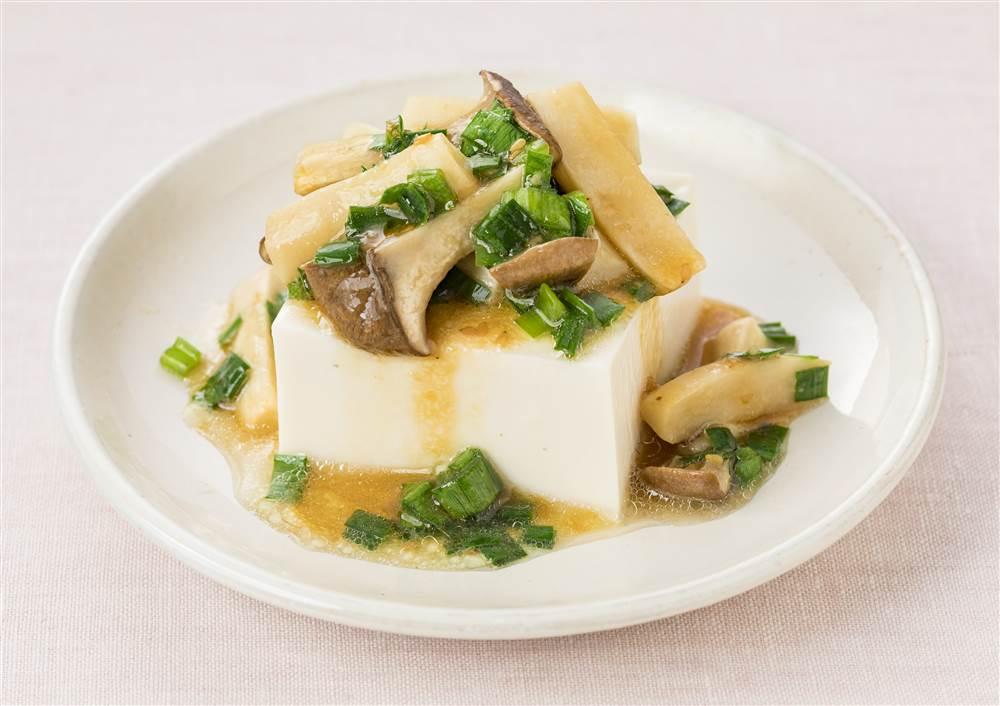 写真:エリンギとにらのおつまみ豆腐
