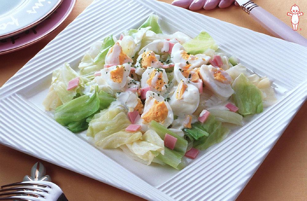 写真:キャベツと卵のスプレッドサラダ