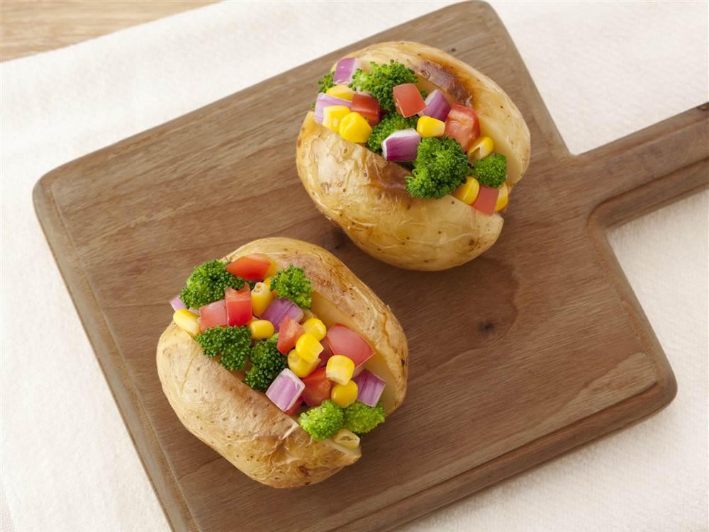 写真:カラフル野菜のポテベジ