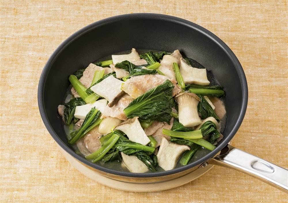 写真:小松菜と豚肉の蒸し煮