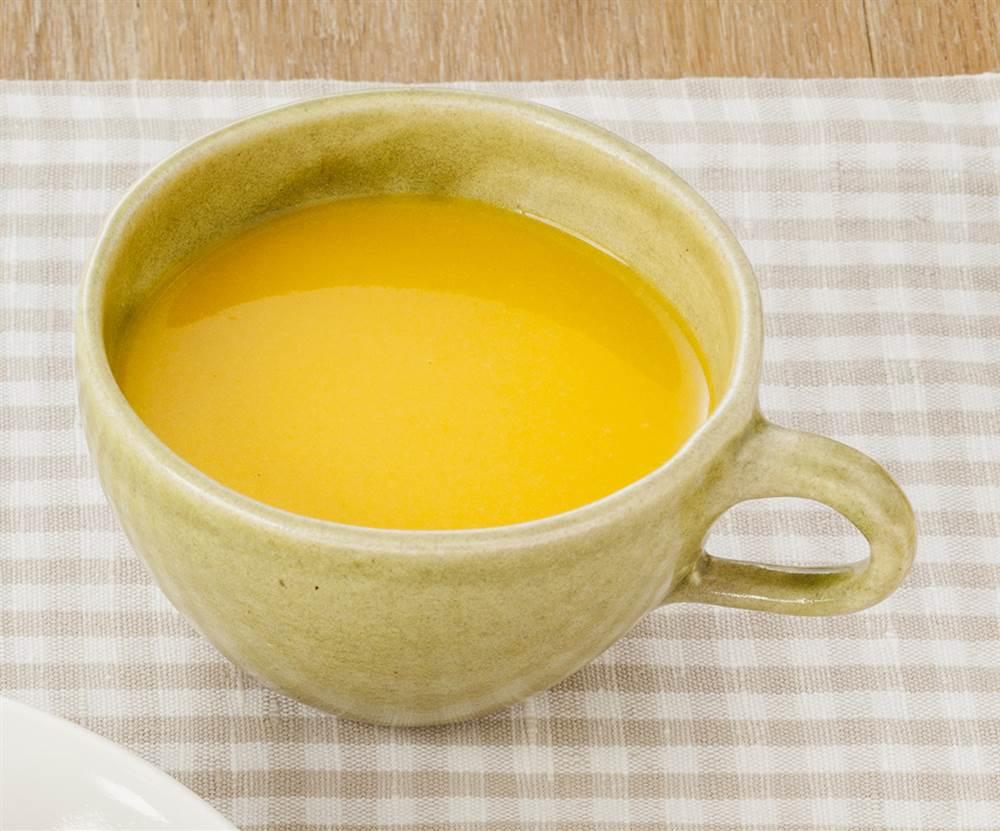 汁物:なめらか野菜 にんじん入りコーンスープ