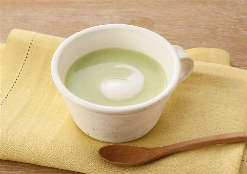 グリーンピースのなめらか豆乳スープ